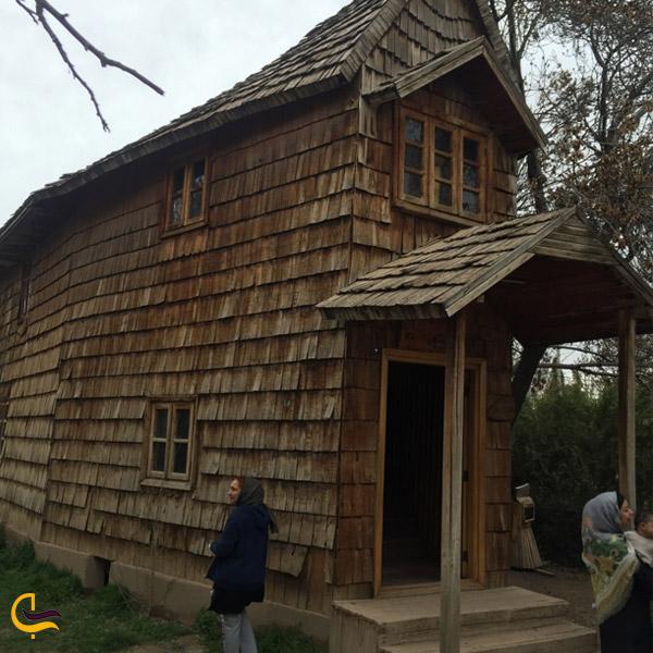 نمایی از خانه چوبین نیشابور