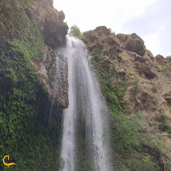 نمایی از آبشار و آبگرم کلات نادری