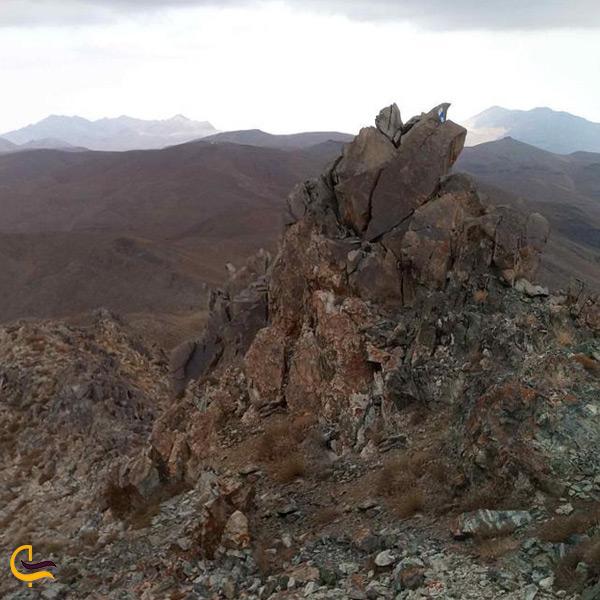 منطقههای مرتفع و صخرهای
