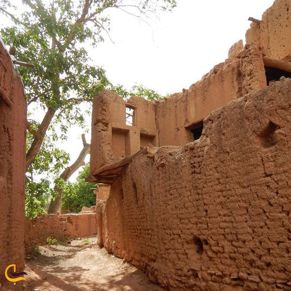تصویری از بافت قدیمی روستای ابیانه
