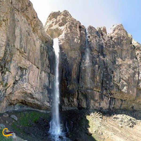 تصویری از آبشار خور
