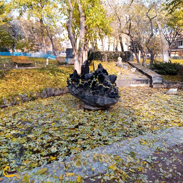 عکس فصل پاییز پارک عشاق ایروان