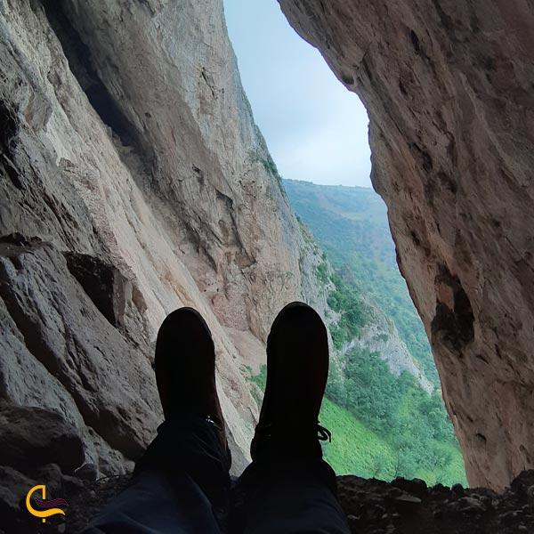 تصویری از غار اسپهبد خورشید