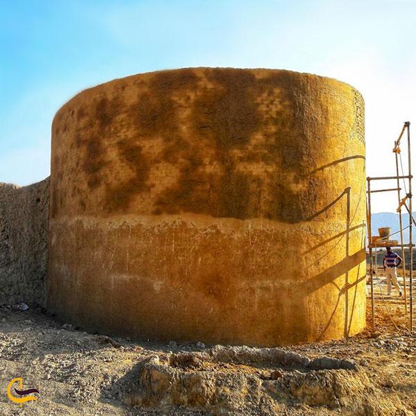عکس قلعه تاریخی علی آباد فاروج