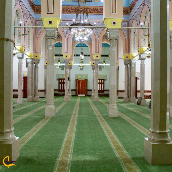 تصویری از داخل مسجد جمیرا