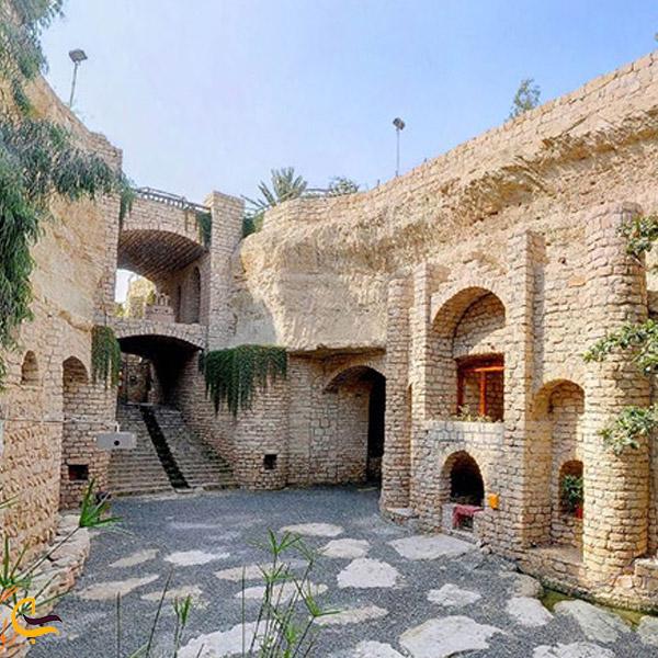 نمایی از شهر زیرزمینی کاریز.