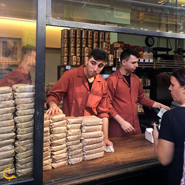 عکس مغازه کورو قهوه چی مهمت افندی بازار ادویه استانبول