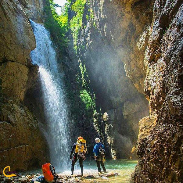 عکس آبشار تنگه چاکرود