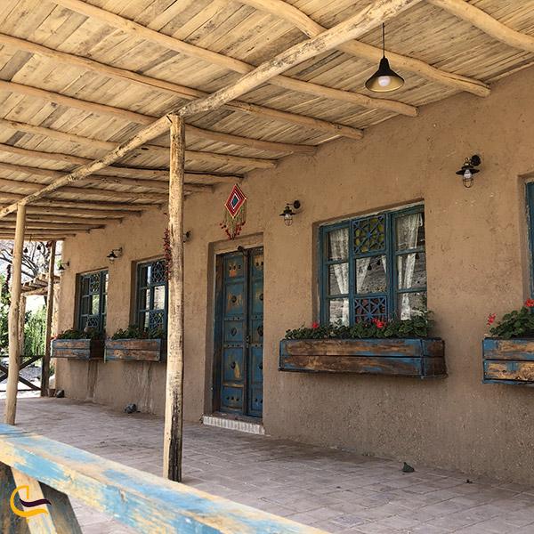 عکس خانه های سنتی باغ روستا