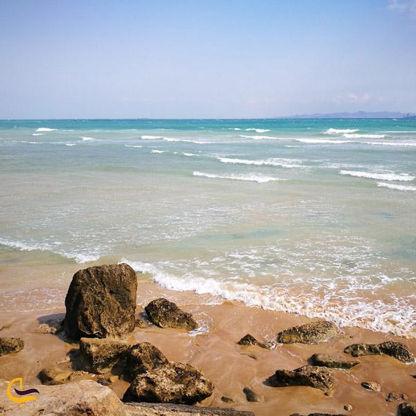 تصویری از ساحل پارک زیتون قشم