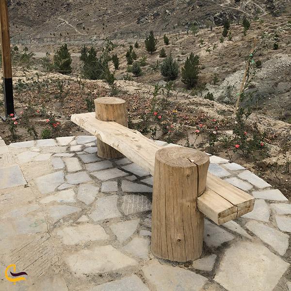 عکس صندلی های چوبی