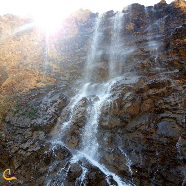 تصویری از آبشار دررود