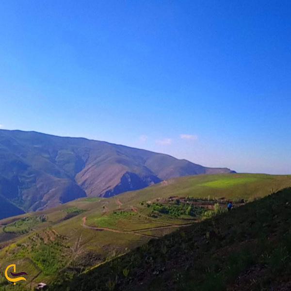 عکس از طبیعت سرسبز روستای دررود