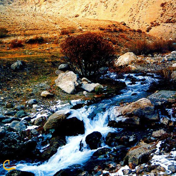 عکس چشمه آبنیک روستای آبنیک