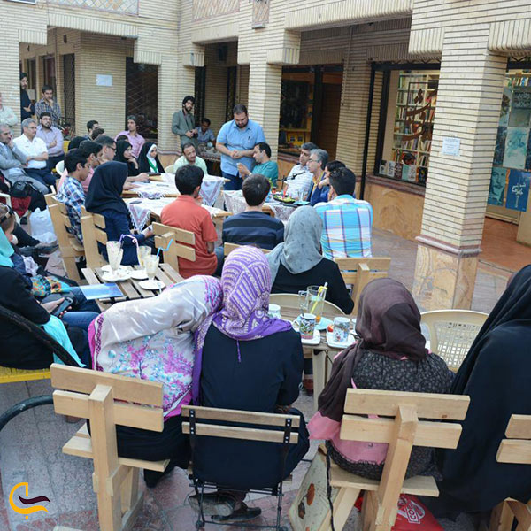 عکس کافه کتاب آفتاب مشهد