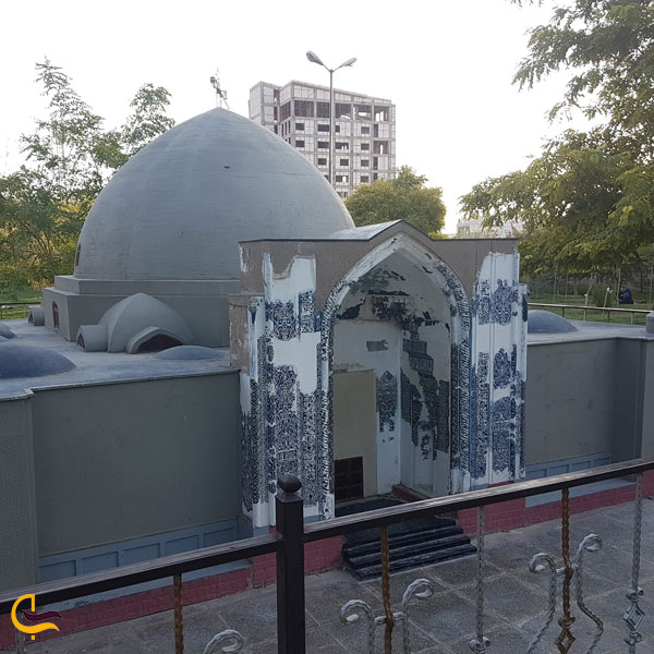 تصویری از به پارک مینیاتوری تبریز