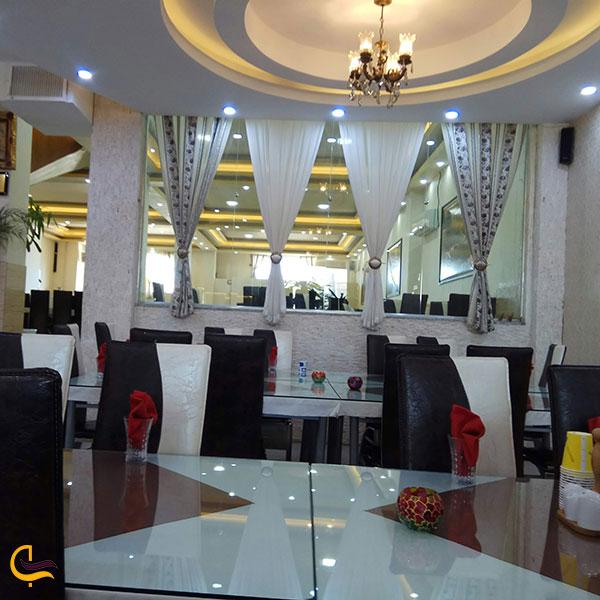 عکس رستوران آریا در شهر بابک