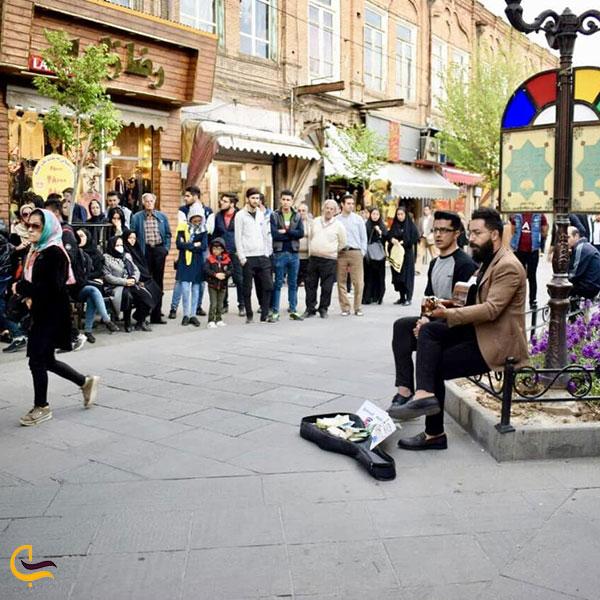 عکس جاذبههای خیابان تربیت