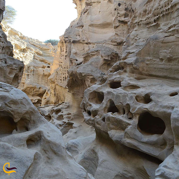 عکس دره چاهکوه در قشم