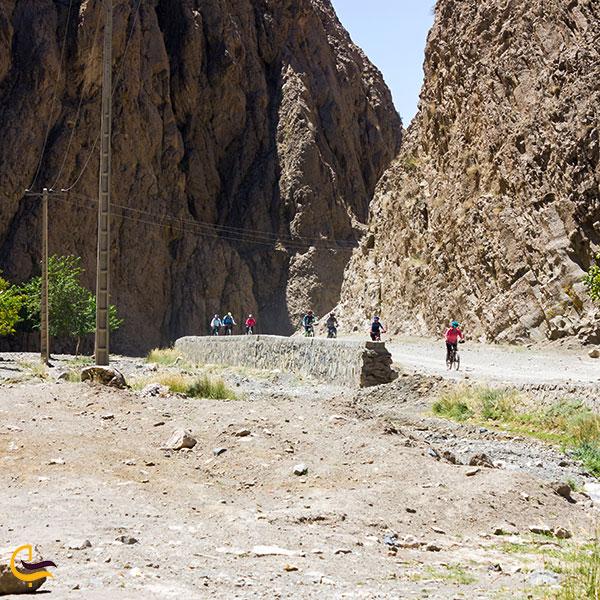 عکس مسیر ابشار رود معجن