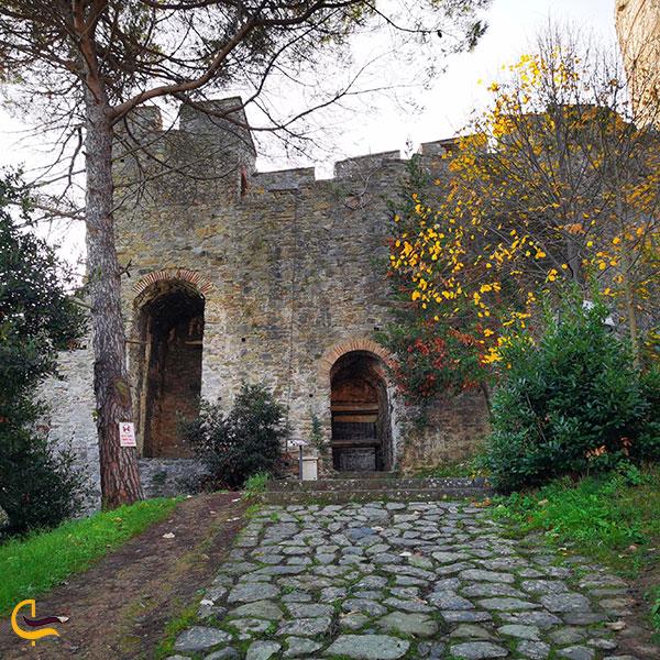 عکس ورودی قلعه روملی حصار