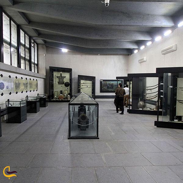 عکس نمایش آثار قدیمی موزه نادری