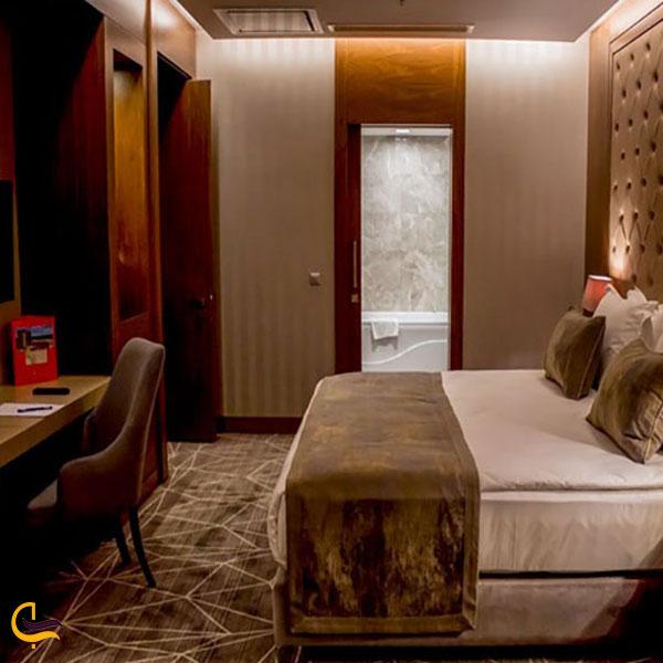 عکس هتل لاله پارک