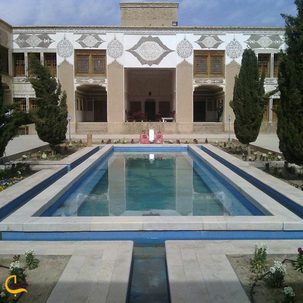 عکس عمارت موسی خانی در شهر بابک