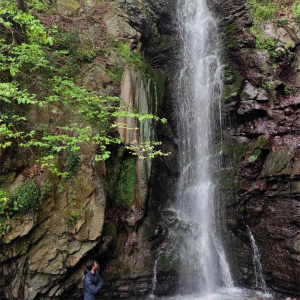 عکس آبشار پلنگ سو بلودرکان