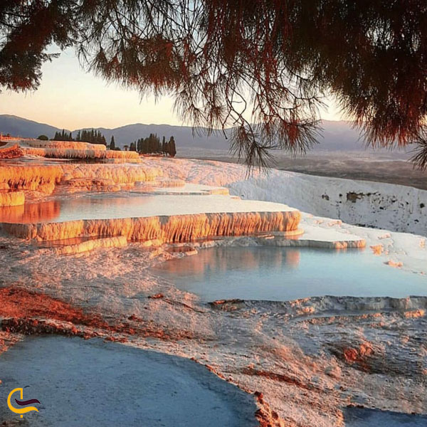 عکس از چشمه های آبگرم پاموک کاله
