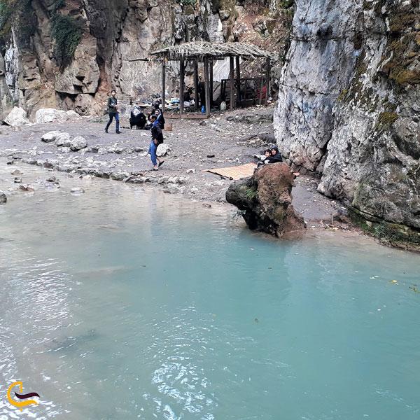 تصویری از امکانات آبشار لوه