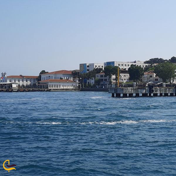 تصویری از جزیره بیوک آدا