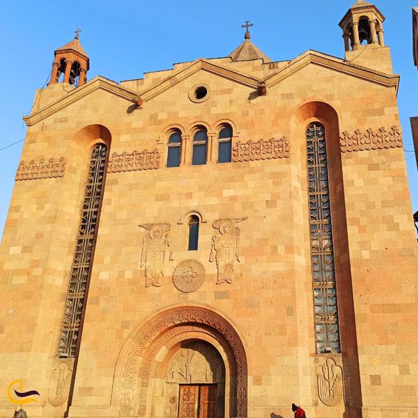 تصویری از کلیسای سارکیس مقدس