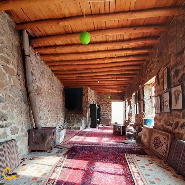 عکس اقامتگاه بومگردی ارگ سنگی سنگان