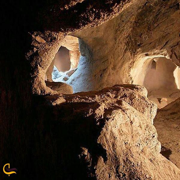 تصویری از جاذبههای شهر زیرزمینی سامن