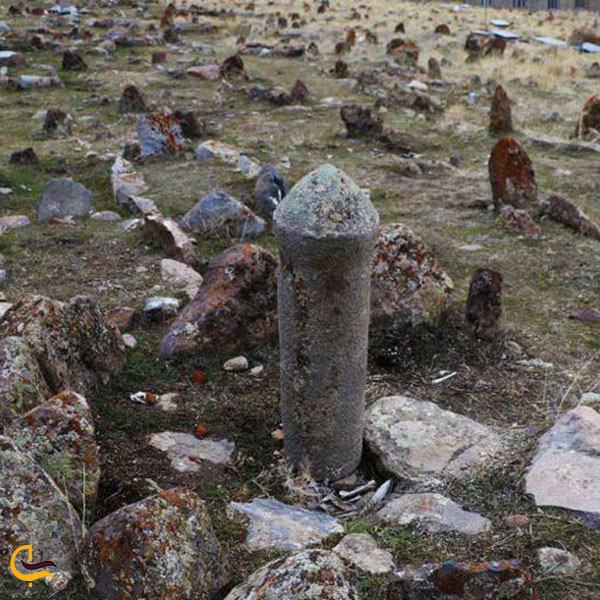 عکس قبرستان تاریخی پینه شلوار تبریز