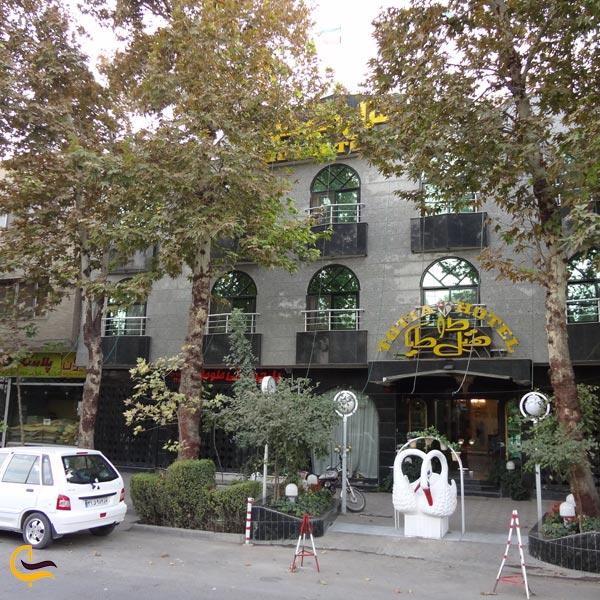 نمایی از هتل طوطیا