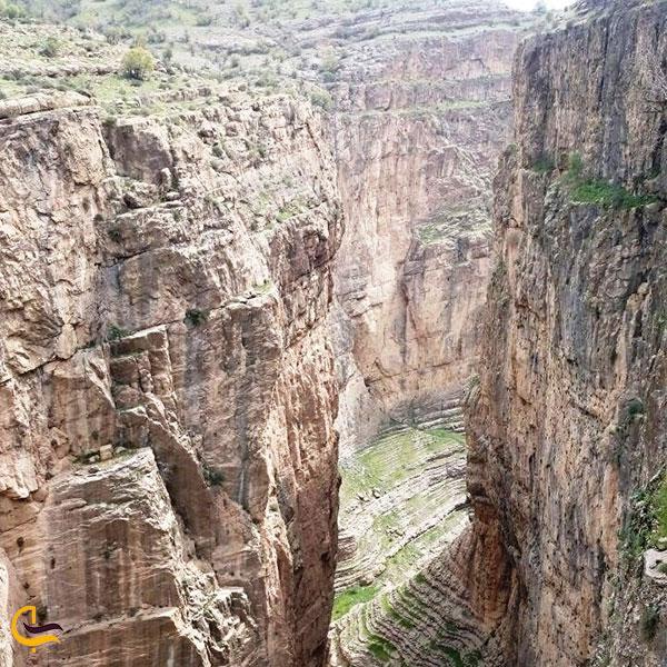 عکس صخره های دره ویژدرون ایلام