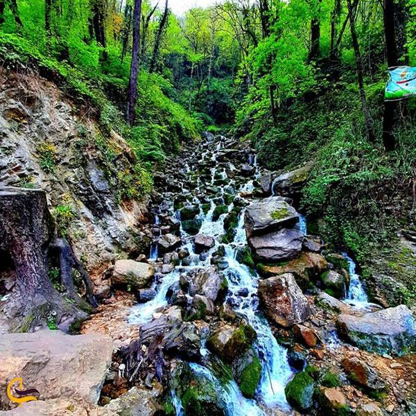 عکس آبشار آب پری