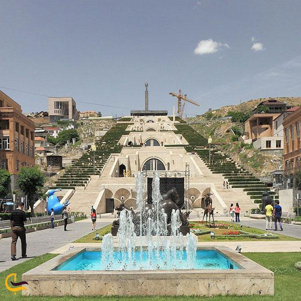 عکس موزه کاسکاد ایروان