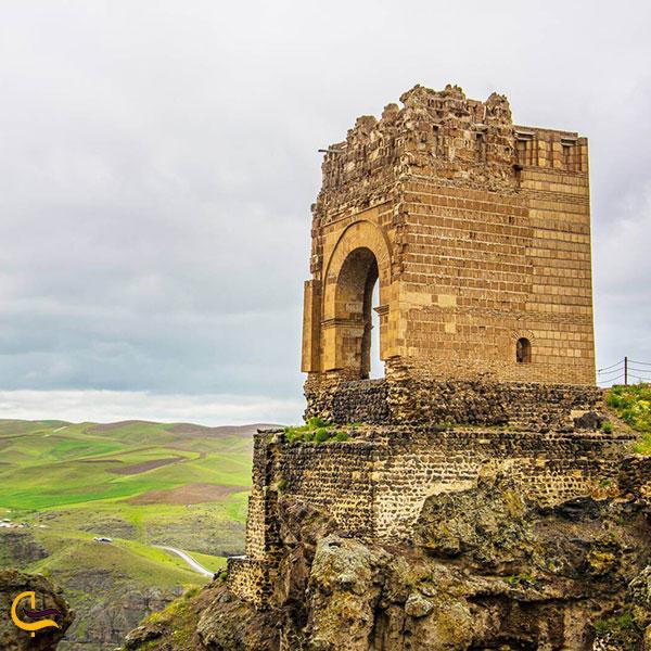 عکس قلعه ضحاک هشترود