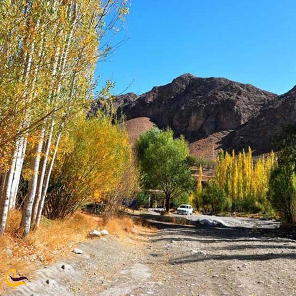 عکس فصل پاییز ابشار رود معجن