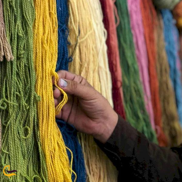تصویری از بازار رنگرزی