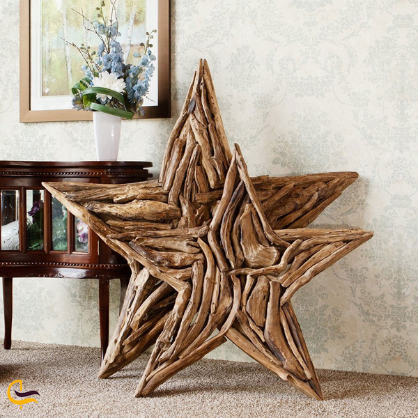 تصویری از پیکر تراشی چوب
