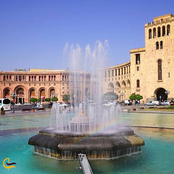 عکس معماری میدان جمهوری ایروان