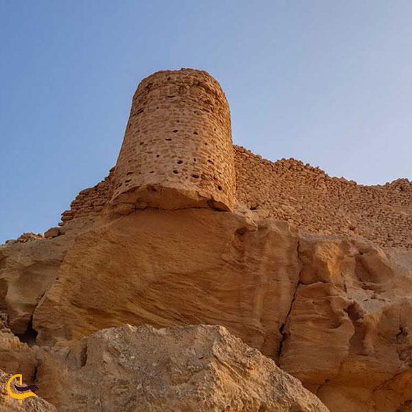 عکس قلعه لشتان بندرلنگه