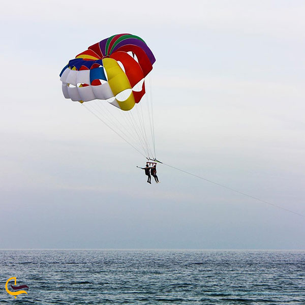 عکس تفریحات دریایی در منطقه گردشگری پازارلند