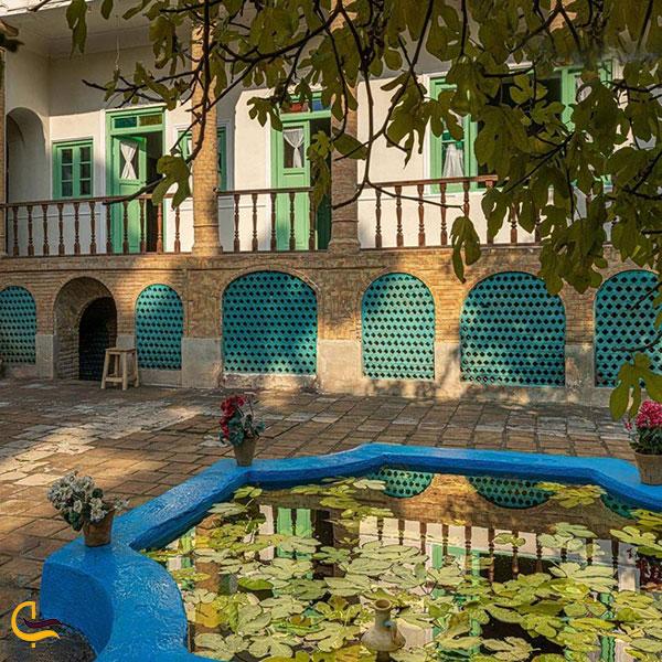 عکس خانه موتمن الاطبا تهران
