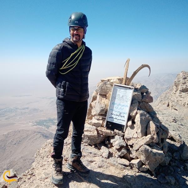 تصویری از صخرهنوردی و کوهنوردی در دره و کوه های آدرشک