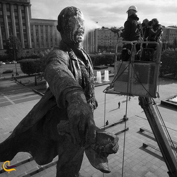عکس مجسمه لنین در میدان جمهوری ایروان